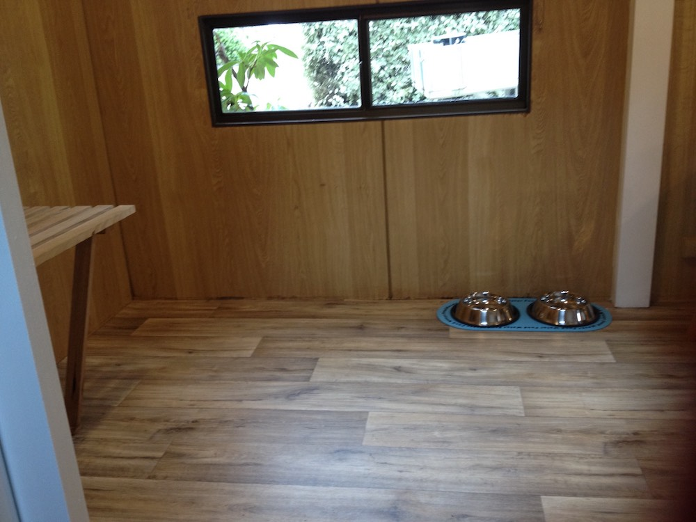 Pet Friendly Cabin - Doggy Area - Daylesford Holiday Park