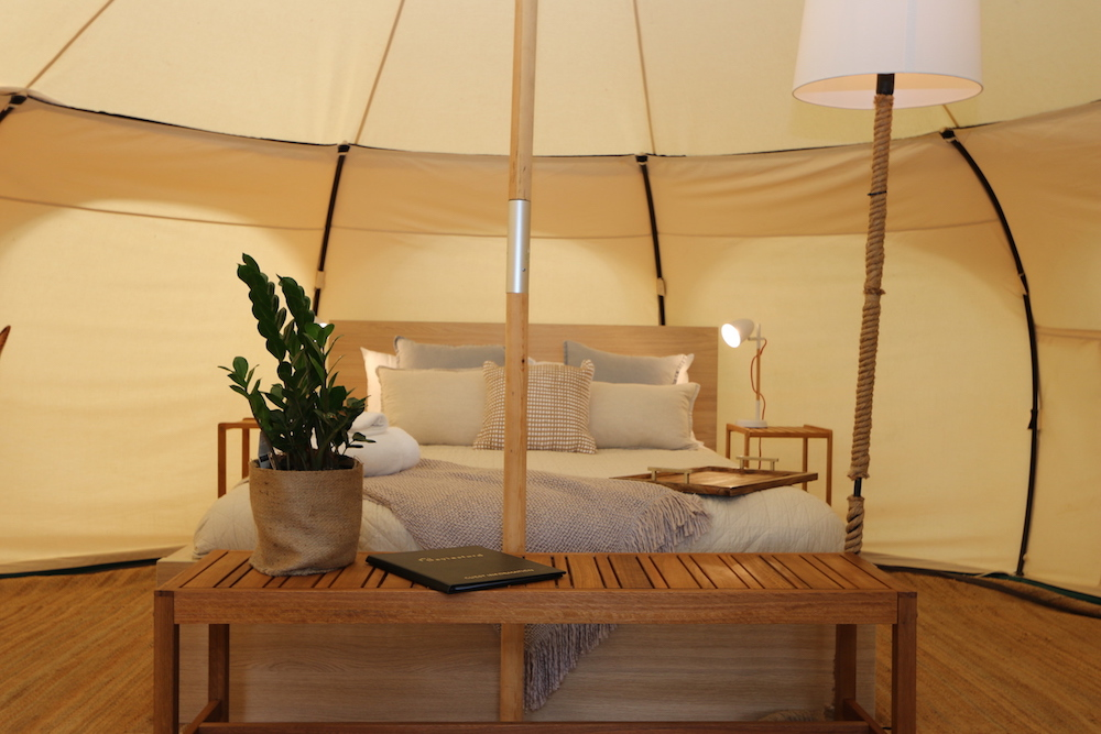 Daylesford-Glamping-Tranquility-Close-Up Queen Bed with Rope Lamp